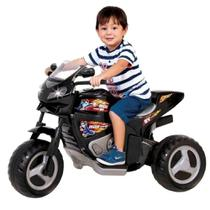 Moto eletrica max turbo c/ capacete preto 6v - magic toys -