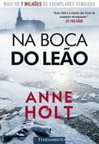 Na Boca do Leão - Fundamento