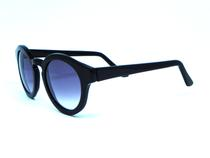 e28d68f8ea26a Oculos de sol New York Preto Lente Cinza