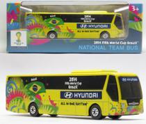 Ônibus Hyundai Seleção Brasil - Copa do Mundo Fifa Brasil 2014 - 1/94 - Maisto -