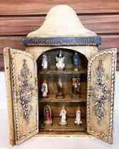 Oratório Capela de Madeira Condominio dos Santos Bege - Fornecedor 5
