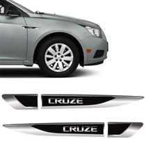 Par Aplique Lateral Cruze Emblema Black Resinado Chevrolet - Sportinox