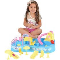 Parque Acquatico Bonecas Home Play Aquatico Xplast Sistema Sucção Homeplay 8002 -