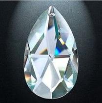 Pera de Cristal Multifacetada (Translúcido) Feng Shui - Casa cristal