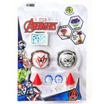 Piões de Batalha Giro Hero Disney Marvel Avengers Pantera Negra e Falcão 4923 - DTC -