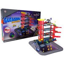 Pista de Carrinho Brinquedo Infantil Criança Estacionamento Com 3 Carrinhos Importway - Brinqway