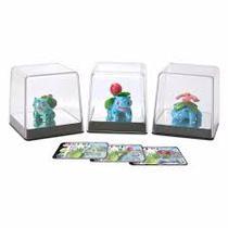 Pokémon Iniciais de Kanto Grama: Bulbasaur, Ivysaur e Venusaur - Tomy -
