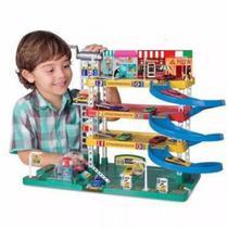 Posto Mega Center Infantil com Lava rápido - Lugo Brinquedos