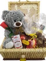 Presente Especial Cesta Coração Apaixonado Namorada Esposa - Lieben Chocolates Finos