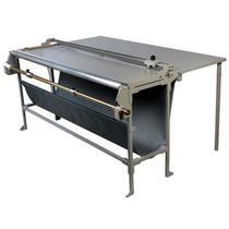 Refiladora duplo eixo 150 cm com desbobinador e mesa para papel, lona e vinil adesivo Excentrix -