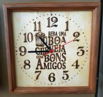 Relógio de parede de madeira para churrasqueira e area gourmet feito a mão - Artesanal