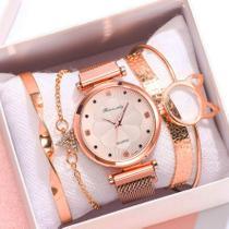 Relógio de Pulso Feminino Acompanha 4 Pulseiras Dourado Rose em Quartzo - W1
