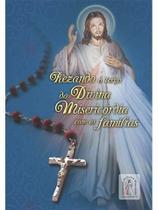 Rezando o terço da divina misericóridia em família - Armazem
