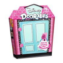 Super Kit Playset e Mini Figura Disney  Doorables DTC -