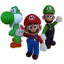 Super Mario, Luigi e Yoshi - kit com 3 bonecos grandes - Super Size Figure Collection