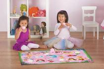 Tapete Infantil Disney 0,66x1,00 Chá das Princesas c/ Brinquedo Corttex -