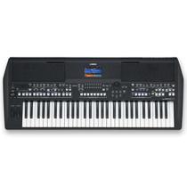 Teclado Arranjador Yamaha PSR-SX600 61 Teclas Sensitivas Entrada para Microfone e Fonte Bivolt -