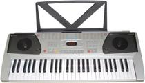 Teclado musical 558 bivolt - memória para gravação em tempo real - 100 sons variados - CSR