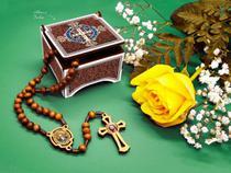 Terço São Bento Na Caixinha Estampa Mdf Marrom - Lançamento - Tenha fé artigos religiosos