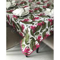Toalha de Mesa em Gorgurinho Floral Verde e Rosa -