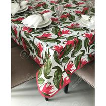 Toalha de Mesa em Gorgurinho Floral Verde e Vermelho -