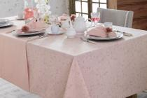 Toalha de Mesa Quadrada Naturalle Passione Rosa Limpeza Pratica 8 lugares 2,20m x 2,20m -