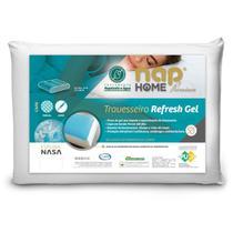 Travesseiro Perfil Médio Alto Nap Refresh Gel Capa Repelente A Água -