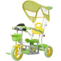 Triciclo Motoca Infantil Passeio com Empurrador Pedal Luz Som Capota Importway BW-003 Verde -