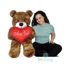 Urso de Pelucia Gigante 1 Metro Fofinho e Peludinho Marrom Pardo com almofada de coração Amo você - Has Brasil