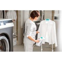 Vaporizador portátil para roupas com acessorios 127v-800w reservatório 280ml branco multilaser - ho065 -
