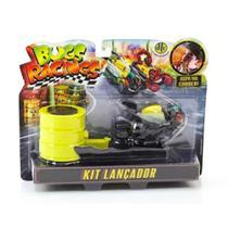 Veículo e Pista com Lançador Bugs Racing Flyz - DTC -