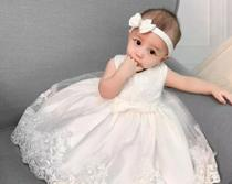Vestido Batizado Branco Renda Estruturada Princesa Tam 2/3 meses - Ranna Bebe