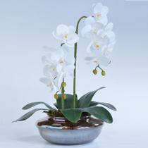 Arranjo de Orquídea Artificial em Terrário Pequeno Ambar