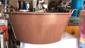 Bacia extra gigante arqplast 80 litros - marrom