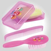 Kit pente, escova e saboneteira bebe petita plus rosa