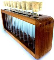 Porta temperos e condimentos de madeira maciça e com 18 tubos de vidro