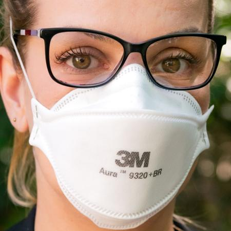 Imagem de 10 Máscaras pff2(n95) 3M Aura 9320 +br com espuma no clipe nasal para vedação e conforto CA: 30592