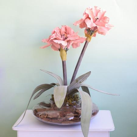 Imagem de Arranjos de Flores Artificiais Amarílis Rosa no Vaso Transparente  Linha Permanente Formosinha