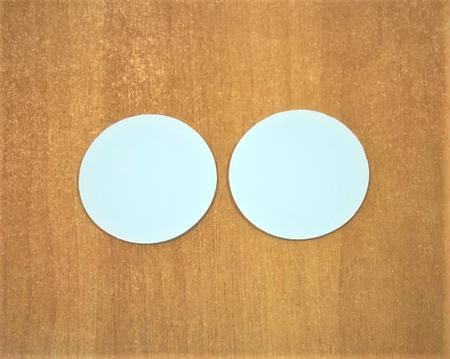Imagem de Base laminada p/ brigadeiros e doces finos, disco de 6 cm, branca - 500 unidades