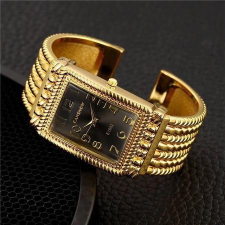Imagem de Relógio Dourado Feminino Kit Veneza C/ Pulseira Berloque + Colar presente