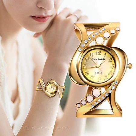 Imagem de Relógio Feminino Dourado Kit presente dia dos namorados c/ colar e pulseira