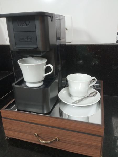 Imagem de Bandeja para máquina de café Dolce Gusto espelhada com gaveta