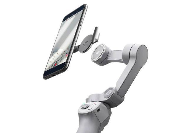 Imagem de DJI Osmo Mobile 4 Estabilizador Dobrável Magnético com ActiveTrack 3.0
