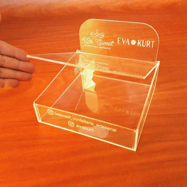 Imagem de Expositor para doces, donuts, brigadeiros, cupcake mini em acrilico com tampa