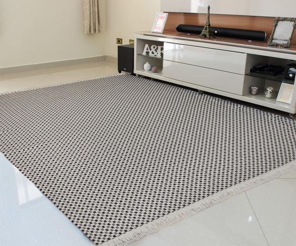 Imagem de tapete sala antialérgico 100% algodão , resistente lavável em maquina , Xadrez Cinza , preto  / cru