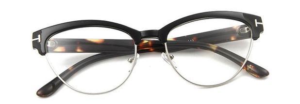 bd6407ed1 Armação para Óculos de Grau Delicada e com Formato de Gatinho - Vinkin