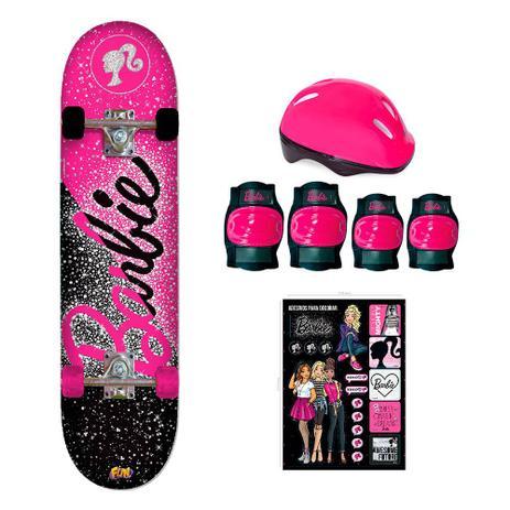 e3eb35fc81c92 Barbie Skate com Acessórios de Segurança e Adesivos Glitter - Fun  Divirta-Se - Xeryus
