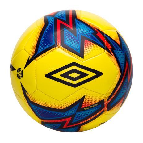 a1265b3fe8 Bola de Futebol Umbro de Campo Amarela Neo Trainer - Bolas ...