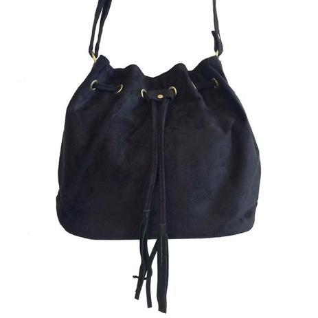 57df7f247 Bolsa feminina saco preta transversal camurça sintética - Meu tio que fez