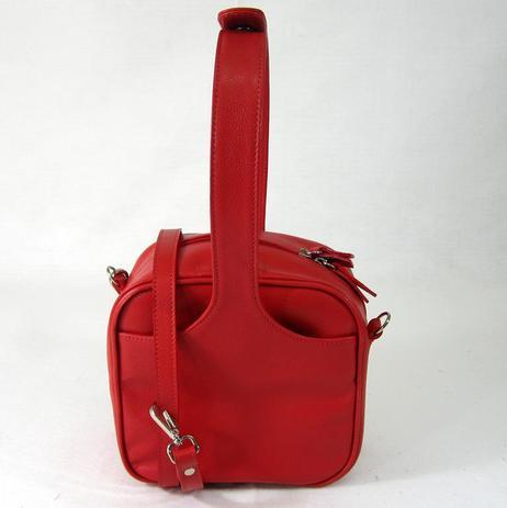 64c6188c8 Bolsa transversal/tiracolo em couro natural vermelha pequena maria adna